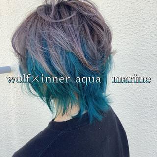ストリート ヘアカラー エメラルドグリーンカラー ウルフカット ヘアスタイルや髪型の写真・画像
