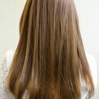 セミロング 大人かわいい ストレート ナチュラル ヘアスタイルや髪型の写真・画像