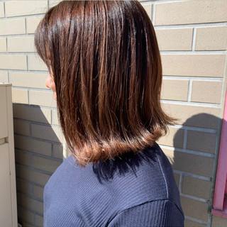 ミディアム ミニボブ インナーカラー ショートヘア ヘアスタイルや髪型の写真・画像