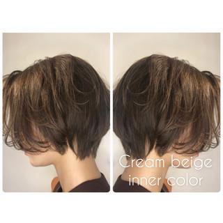 ショート モード ボブ ヌーディベージュ ヘアスタイルや髪型の写真・画像