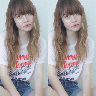アッシュ アンニュイ ハイライト ストリート ヘアスタイルや髪型の写真・画像