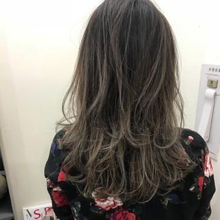 セミロング 透明感 ハイライト ナチュラル ヘアスタイルや髪型の写真・画像