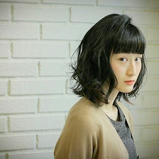色気 前髪あり 黒髪 モード ヘアスタイルや髪型の写真・画像
