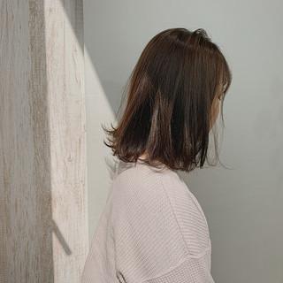 ボブ カーキ ナチュラル カーキアッシュ ヘアスタイルや髪型の写真・画像