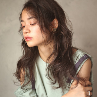 ロング 女子力 ウェーブ 外国人風 ヘアスタイルや髪型の写真・画像
