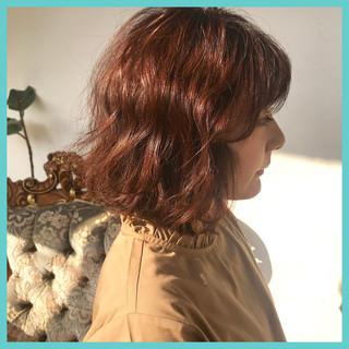 アンニュイほつれヘア ボブ グレージュ ウェーブ ヘアスタイルや髪型の写真・画像