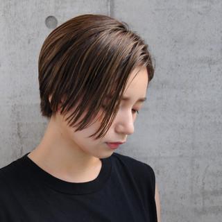 ショート 大人女子 かっこいい ナチュラル ヘアスタイルや髪型の写真・画像