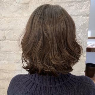 コテ巻き風パーマ  ゆるふわパーマ ボブ ヘアスタイルや髪型の写真・画像