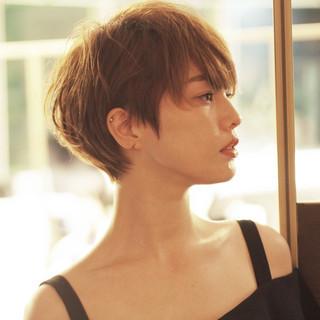 外国人風カラー ショート 小顔 大人女子 ヘアスタイルや髪型の写真・画像