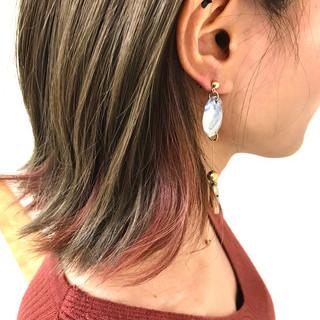 フェミニン ボブ グレージュ ピンク ヘアスタイルや髪型の写真・画像