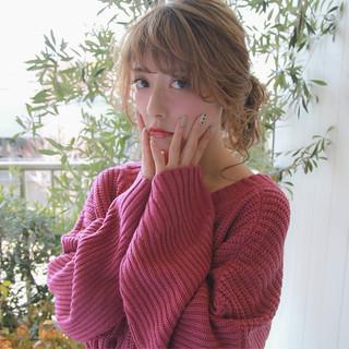 ミディアム 大人かわいい 大人女子 波ウェーブ ヘアスタイルや髪型の写真・画像