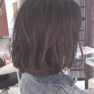 デート ボブ 小顔 コンサバ ヘアスタイルや髪型の写真・画像