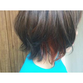 インナーカラー ゆるふわ アッシュ ストリート ヘアスタイルや髪型の写真・画像