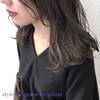 アッシュグレージュ アッシュ 外国人風 外国人風カラー ヘアスタイルや髪型の写真・画像