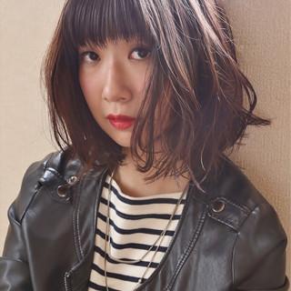 黒髪 ゆるふわ 色気 外国人風 ヘアスタイルや髪型の写真・画像