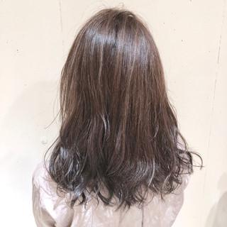 ハイライト ゆるふわ ウェーブ 外国人風カラー ヘアスタイルや髪型の写真・画像