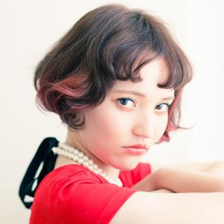 ストリート ショート レッド ダブルカラー ヘアスタイルや髪型の写真・画像