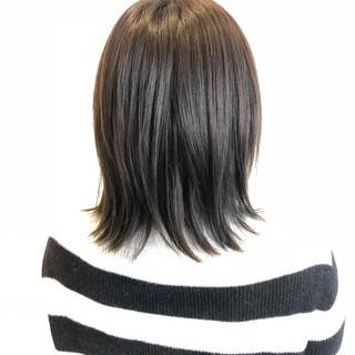 ナチュラル アッシュベージュ 大人女子 暗髪 ヘアスタイルや髪型の写真・画像