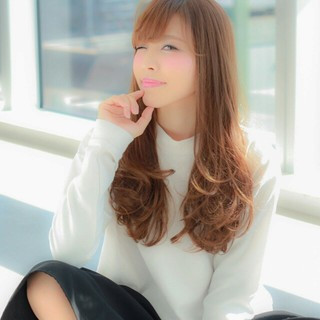 前髪あり 大人かわいい 小顔 コンサバ ヘアスタイルや髪型の写真・画像