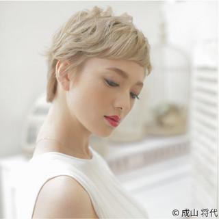 大人かわいい ショート 外国人風 ストリート ヘアスタイルや髪型の写真・画像
