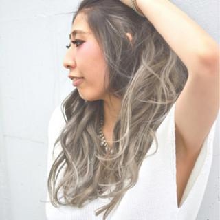 グラデーションカラー アッシュ ロング ハイライト ヘアスタイルや髪型の写真・画像