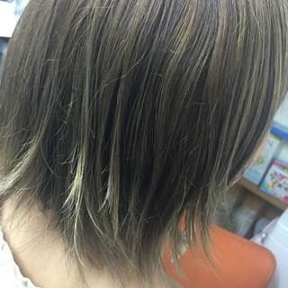 ナチュラル アッシュ ボブ グラデーションカラー ヘアスタイルや髪型の写真・画像