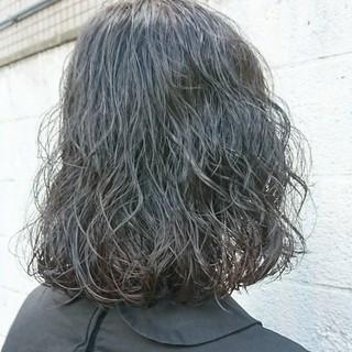 ボブ 切りっぱなし ニュアンス ブルージュ ヘアスタイルや髪型の写真・画像