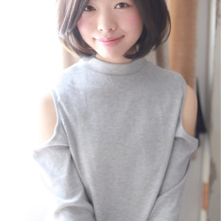 大人女子 大人かわいい ナチュラル 暗髪 ヘアスタイルや髪型の写真・画像