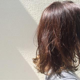 ダブルカラー 暗髪 グラデーションカラー ストリート ヘアスタイルや髪型の写真・画像