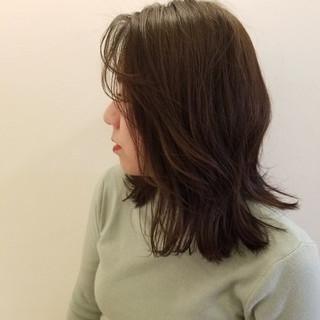 マット ミディアム ナチュラル アッシュ ヘアスタイルや髪型の写真・画像