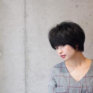 ショートボブ ショート 暗髪 前髪 ヘアスタイルや髪型の写真・画像