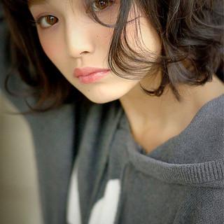ゆるふわ 簡単 ミディアム 大人かわいい ヘアスタイルや髪型の写真・画像