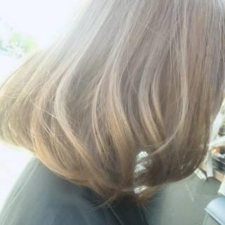 フェミニン ナチュラル ボブ アッシュ ヘアスタイルや髪型の写真・画像