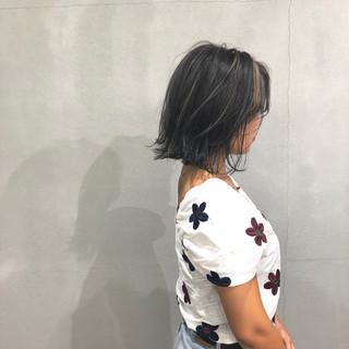 切りっぱなしボブ ハイライト 外ハネボブ ナチュラル ヘアスタイルや髪型の写真・画像