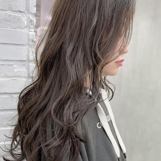 グレージュ ナチュラル セミロング 簡単ヘアアレンジ ヘアスタイルや髪型の写真・画像