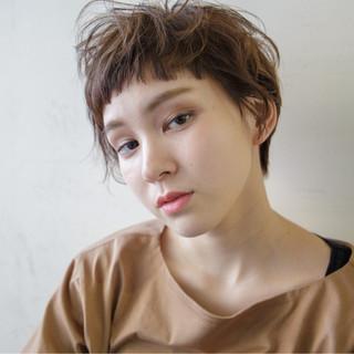 簡単ヘアアレンジ ショート 外国人風 ナチュラル ヘアスタイルや髪型の写真・画像