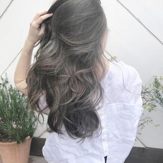 大人ハイライト ヘルシースタイル バレイヤージュ 外国人風カラー ヘアスタイルや髪型の写真・画像
