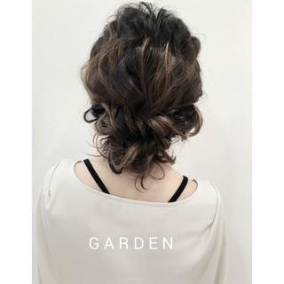 ヘアアレンジ 結婚式 ゆるふわ 波ウェーブ ヘアスタイルや髪型の写真・画像