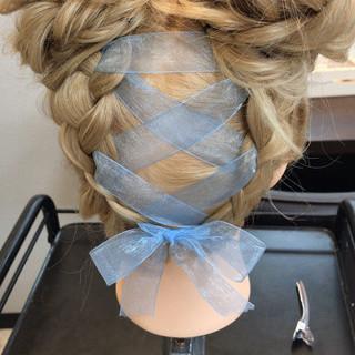 デート セミロング ガーリー 簡単ヘアアレンジ ヘアスタイルや髪型の写真・画像