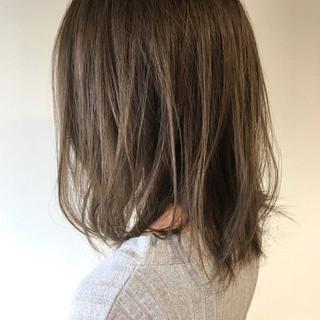 無造作 ハイライト 透明感 ミディアム ヘアスタイルや髪型の写真・画像