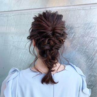 フェミニン ゆるふわ 結婚式 セミロング ヘアスタイルや髪型の写真・画像
