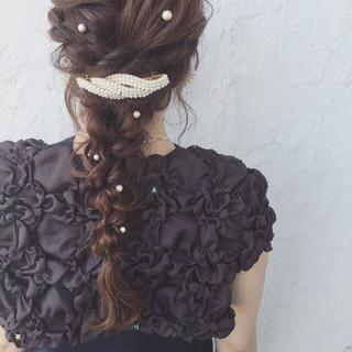 フェミニン ヘアアレンジ ロング 編み込み ヘアスタイルや髪型の写真・画像