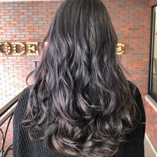 グラデーションカラー イルミナカラー 暗髪 セミロング ヘアスタイルや髪型の写真・画像
