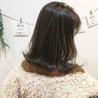 ナチュラル 外国人風 外ハネ ハイライト ヘアスタイルや髪型の写真・画像
