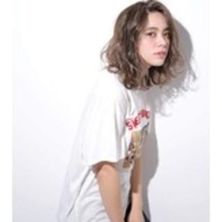 ショートボブ ナチュラル ミルクティー ミディアム ヘアスタイルや髪型の写真・画像