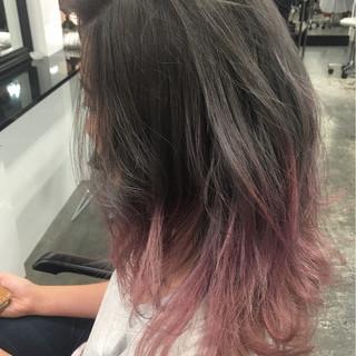 グラデーションカラー 暗髪 外国人風 シルバー ヘアスタイルや髪型の写真・画像