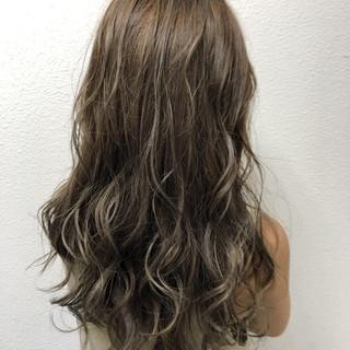 ゆるふわ ロング 大人かわいい ウェーブ ヘアスタイルや髪型の写真・画像