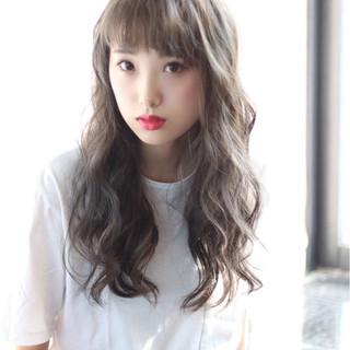 ゆるふわ 前髪あり ストリート フェミニン ヘアスタイルや髪型の写真・画像
