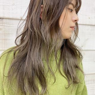ヘアアレンジ インナーカラー セミロング ナチュラル ヘアスタイルや髪型の写真・画像