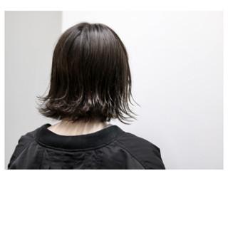 ウェットヘア 外ハネ ボブ 暗髪 ヘアスタイルや髪型の写真・画像